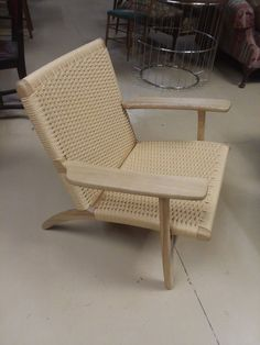 Web Lounge Chair Replica Style of Hans Wegner PP 129 MCM Mid Century