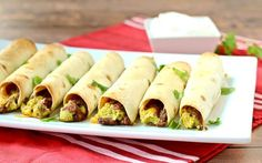 A great option for vegetarians, these baked taquitos are perfect for game days or even lunch. They are easy to make and you only need five ingredients! Veggie Recipes, Mexican Food Recipes, Great Recipes, Favorite Recipes, Veggie Meals, Dinner Recipes, Veggie Dishes, Yummy Recipes, Side Dishes