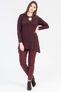 Merlot style. Wine colour fashion. Jumper. Sweater. Plum colour. Knitwear. Shiraz jeans. Black boots, K+K women's plus size fashion sizes 10-26.