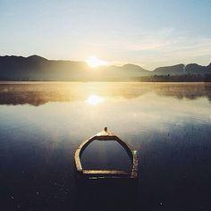 shot by @ceissapratama taken at Situ Cileunca -------- Situ Cileunca Pangalengan bagi saya seorang penikmat alam serta penghobby ketenangan kedamaian di alam terbuka hijau adalah sebuah tempat wisata Di Pangalengan Bandung yang sangat luar biasa.Perpaduan antara panorama keindahan alam yang asri dan hijau dengan hamparan air berwarna biru jernih dibumbui dengan semilir hembusan angin yang terasa dingin menerpa wajahsehingga seketika juga mampu menyusup ke dalam jiwayang mampu hilangkan…