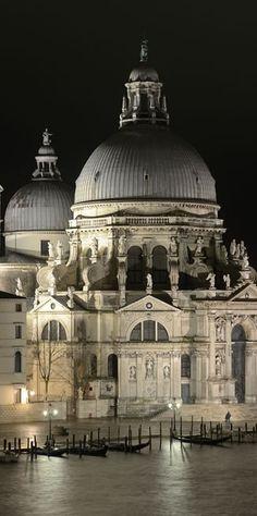 Night view of Santa Maria della Salute basilica in Venice, ITALY. (Photo by Wolfgang Moroder.)