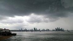 Casco Viejo de Ciudad Panamá, una tarde lluviosa.