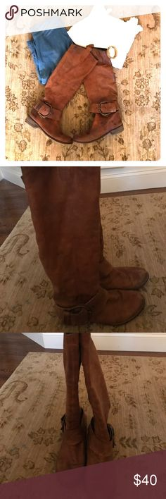 """STEVE MADDEN slouchy brown """"Ruckkus"""" boots size 8 These boots can be worn tall up to the knee or slouched down mid calf (or somewhere in the middle). Comfortable and cozy! This whole outfit is listed in this closet. Love these with a big sweater and jeans too. They are in very good condition - worn looking but that's how they started out. Some wear in the heels. Steve Madden Shoes"""