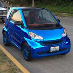 """""""This snazzy #blue #chrome #smartcar looks really awesome."""" Instagram picture by Tim Shea. #carlove #smartonthego #AlkiBeach #Seattle #smartfortwo"""