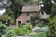 Surrey England Cottages | Captain Cook's Cottage, Fitzroy Gardens, Melbourne, Australia