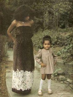 Chaka Khan and her daughter Indira Milini Khan. Dona Summer, 70s Fashion, Vintage Fashion, Chaka Khan, Vintage Black Glamour, My Black Is Beautiful, Daughter Love, Female Singers, Ballet