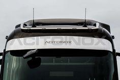 Parasole acciaio inox super mirror (aisi 304) per Renault Trucks T. Articolo dotato di staffe in acciaio inox.   NOTE: Articolo personalizzabile con satinatura come da foto. Inserisci la tua scritta nel campo della scheda prodotto.