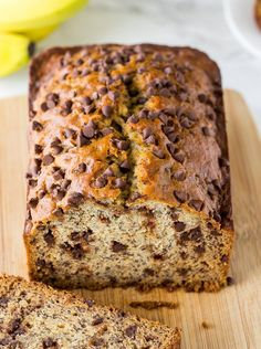 This One Bowl Chocolate Chip Banana Bread is so easy and seriously SO GOOD! This delicious and easy banana bread recipe is mixed up in just one bowl with just the right amount of mini chocolate chips! One Bowl Banana Bread, Chocolate Banana Bread, Chocolate Chip Recipes, Banana Bread Recipes, Chocolate Chips, Peanut Butter Banana Bread, Chocolate Turtles, Chocolate Filling, Mini Desserts