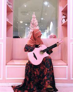 Saree With Hijab, Hijab Niqab, Hijab Chic, Niqab Fashion, Muslim Fashion, Hijabi Girl, Girl Hijab, Muslim Girls Photos, Islam Women