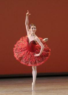 Yevgenia Obraztsova as Kitri in Don Quixote (Bolshoi Ballet) Tutu Ballet, Bolshoi Ballet, Ballet Dancers, Ballet Costumes, Dance Costumes, Royal Ballet, Red Tutu, Ballet Images, Russian Ballet
