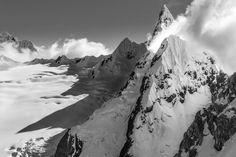 Stunningly jagged Nevado Cayesh, a peak in Huascaran National Park, Cordillera Blanca Range, Ancash, Peru
