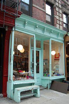 Purl soho exterior--- wish i had shop front like this! Salon Interior Design, Salon Design, Cafe Design, Store Design, Architecture Art Nouveau, Café Restaurant, Azul Tiffany, Tiffany Blue, Brick And Mortar