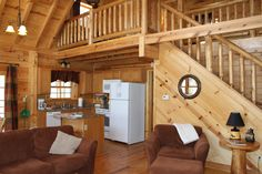 Fully Equipped Kitchen at Oak Valley.  valleyviewcabins.com #HockingHills #LogCabin