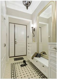 Read also Hallway design, bright and modern ideas photos) Comfortable curbstone for . Hallway Decorating, Entryway Decor, Interior Decorating, Flur Design, Hallway Designs, Hallway Ideas, House Entrance, Small Apartments, Design Case