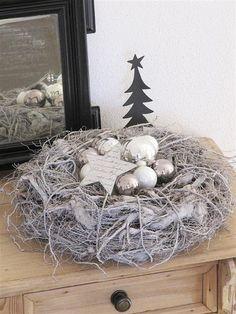 Weihnachtsnest in Schwarz, Weiß und Silber #silber #weihnachten #inspiration