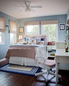 Blue Themes Decoration and Modern Bedding Furniture in Kids Bedroom Interior Paint Decorating Design Ideas Best Paint Colors Ideas in Modern. Modern Kids Bedroom, Big Boy Bedrooms, Modern Bedding, Girls Room Design, Interior House Colors, Interior Paint, Cottage Living Rooms, Coastal Bedrooms, The Beach