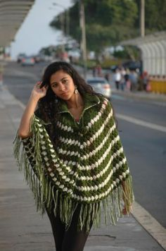 Lindo poncho a crochet