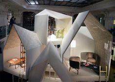 Huleidé hvor der er plads til samtale i 1 rum og man kan kigge selv på trends/citater/bog/ i det andet   Les Necessaires dHermès collection by Philippe Nigro furniture 2 exhibit design