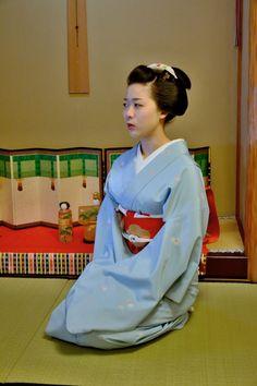 Toshisumi, Komaya Okiya, Miyagawacho