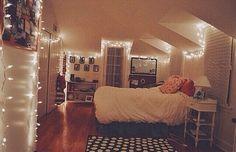 Image via We Heart It https://weheartit.com/entry/150827017/via/26858634 #bedroom #cute #decoration #Dream #happy #relax #room