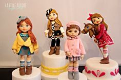 Little girls - Cake by La Belle Aurore - CakesDecor Fondant Toppers, Fondant Cakes, Cupcake Cakes, Cupcakes, Cake Topper Tutorial, Fondant Tutorial, Little Girl Cakes, Little Girls, Beautiful Cakes