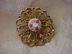 Gold-tone Ornate Openwork Pin Brooch Pendant Renaissance Bodice Jewelry