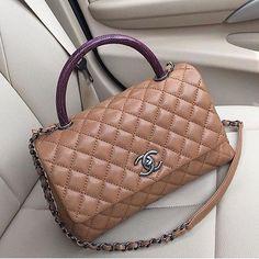 a8e8f0fde Γυναικείες Τσάντες Chanel, Τσάντες Chanel, Hermes Kelly, Coco Chanel,  Τσάντες, Παπούτσια