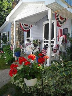 Fourth Of July Decor, 4th Of July Decorations, July 4th, Outdoor Decorations, Holiday Decorations, Holiday Ideas, Christmas Decor, Decks And Porches, Front Porches