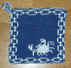 Here I offer only the chart pattern for a potholder. I am assuming that you are familiar with the double-faced knitting technique too. Double Knitting, Pot Holders, Ravelry, Chart, Pattern, Hot Pads, Potholders, Patterns, Model