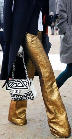 gold pants paired with classic navy coat and chanel bag. via a piece of toast. Street Style Fashion Week, Street Style Edgy, Street Chic, Gold Fashion, High Fashion, Autumn Fashion, Womens Fashion, Fashion Trends, Fashion Spring