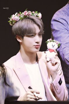 appa jin and baby rj Foto Bts, Bts Photo, Seokjin, Park Ji Min, Bts Jin, Fansign Bts, Bts Pictures, Photos, V Bts Wallpaper