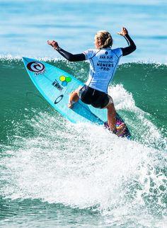 02ee07fdf6aaf9 The Dope Surf Society Gif Alana Blanchard and Nikki van Dijk