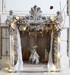 I think our unused fireplace is in sore need of something magical like decrepit french opera mice .Un Joyeux Noel Paper Dolls, Art Dolls, Natur Wallpaper, Unused Fireplace, Paper Art, Paper Crafts, Toy Theatre, Rustic French, French Country