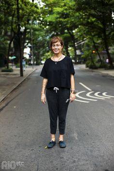 Julia Duarte, também conhecida como Tristezinha do Bem.