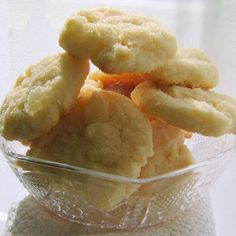 Best-Ever Cream Cheese Cookies @keyingredient #cheese