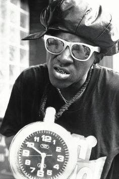 Throwback Thursday: In the '80s, Flavor Flav Made the Clock His Signature Accessory | The Hollywood Reporter