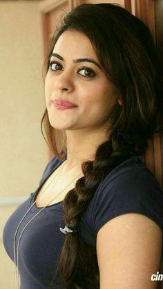 Y las morenas tb puede Beautiful Girl Indian, Most Beautiful Indian Actress, Beautiful Girl Image, Stunning Girls, Beautiful Bollywood Actress, Beautiful Actresses, Beauty Full Girl, Beauty Women, India Beauty