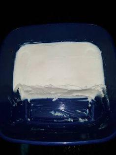 Σπιτικό τυρί κρέμα με γάλα που περίσσεψε Cooking Recipes, Cheese, Dishes, Tablewares, Flatware, Tableware, Cutlery, Plates