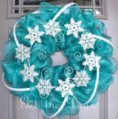 Winter Wreath Mesh Winter Wreath Turquoise Wreath for Christmas loving this color! Would be a cute decoration for a Frozen party. Deco Mesh Wreaths, Holiday Wreaths, Holiday Crafts, Winter Wreaths, Yarn Wreaths, Floral Wreaths, Burlap Wreaths, Spring Wreaths, Summer Wreath