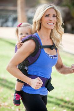 Heidi Powell baby wearing workout!