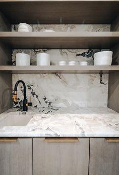 Black Kitchen Countertops, Kitchen Tops, Marble Countertops, Kitchen Reno, Kitchen Remodel, Kitchen Ideas, Kitchen Island, White Quartzite, Dover White