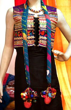 Designer Heavy Kutch Work Jacket / awesome tassels on scarf Pakistani Dresses, Indian Dresses, Indian Outfits, Estilo Hippie Chic, Hippy Chic, India Fashion, Ethnic Fashion, Indian Attire, Indian Wear