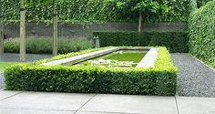 http://www.tuindesign-ten-horn.nl Tuinarchitect - tuinontwerp. Moderne tuinarchitectuur. Kleine strakke eigentijdse voortuin en achtertuin in Limburg. Onderhoudsvriendelijk.