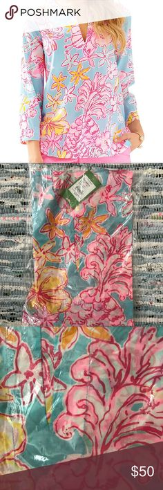 Lilly Pulitzer Amelia Island Tunic NWT New with tags (NWT), still sealed in original packaging Lilly Pulitzer Amelia Island Tunic Breakwater Blue Lolita XS Lilly Pulitzer Tops Tunics
