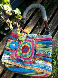 Tas / bag crochet.  This is BEAUTIFUL!!!!