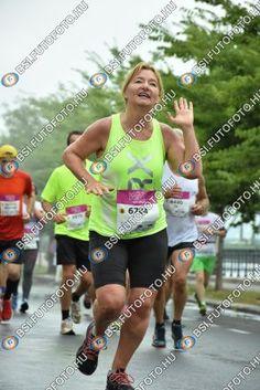 Félmaraton Laufenn fotók, Budapest | bsi.futofoto.hu Budapest, Running, Sports, Hs Sports, Keep Running, Why I Run, Sport