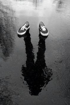 love this pic...vans shoes black and white