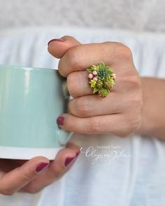218 отметок «Нравится», 18 комментариев — Julia Oleynik (@julia_ok8) в Instagram: «Миниатюра в колечке. Цветы ручной работы. My handmade flowers»