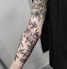 Fleur Intestinale — On continue le bras de Mélissa avec fleurs fanées...