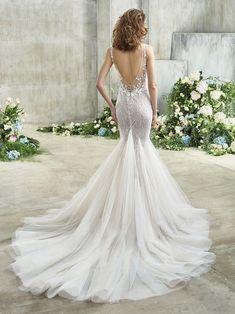 Emmy Front Wedding Dress Shopping, Dream Wedding Dresses, Designer Wedding Dresses, Bridal Dresses, Wedding Gowns, Girls Dresses, Wedding Attire, Lace Wedding, Badgley Mischka Bridal